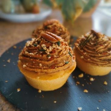 vegan cornbread cupcakes with bbq hummus