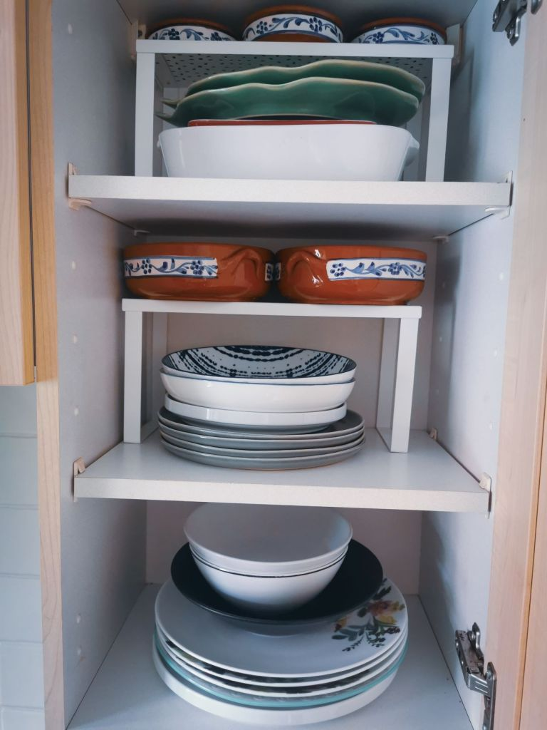 tips to help organise you dishes by pinch of kindness
